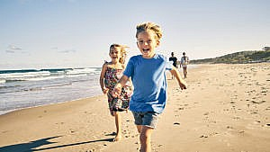 Your guide to kids' summer skin protection